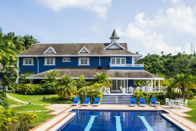 Luxury Plantation Style Villa that sleeps up to 17