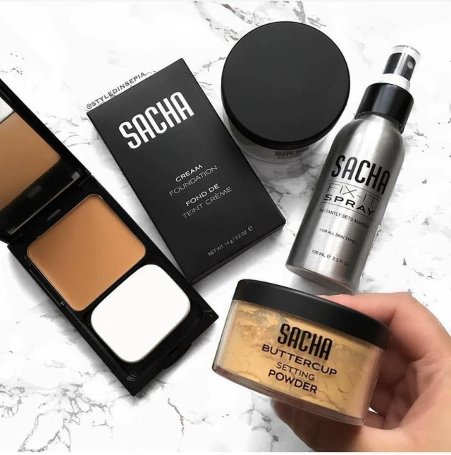 40% Off All Cosmetics Online!
