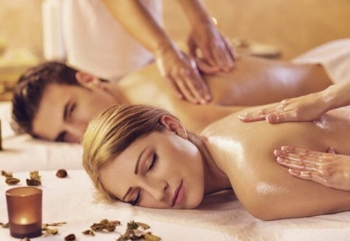 Couples Valentine's Spa Deals with Cocktails!