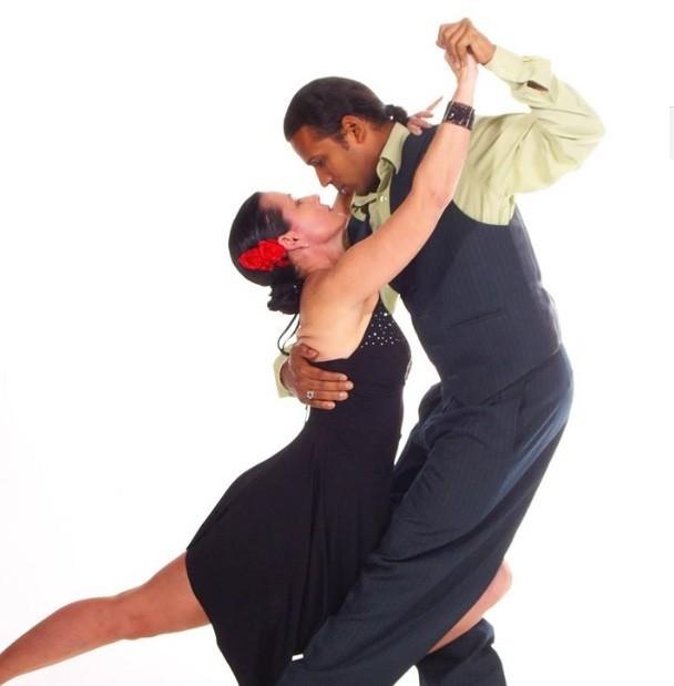 Rey Del Ritmo Dance School